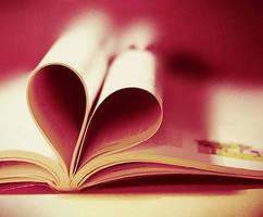 book is in love. by julkusiowa