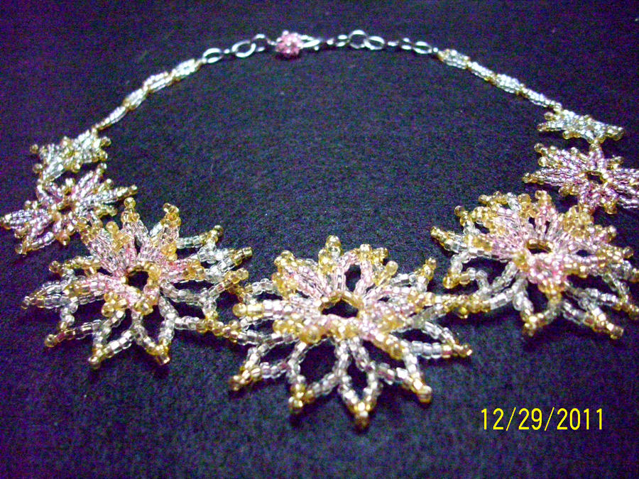 Russian Netted Flower Necklace by unshelvedgeek