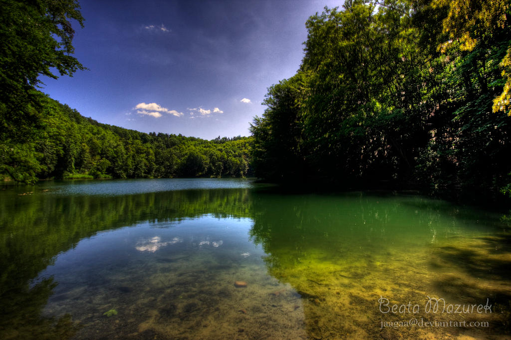 Szmaragdowe Lake by Jaagaa