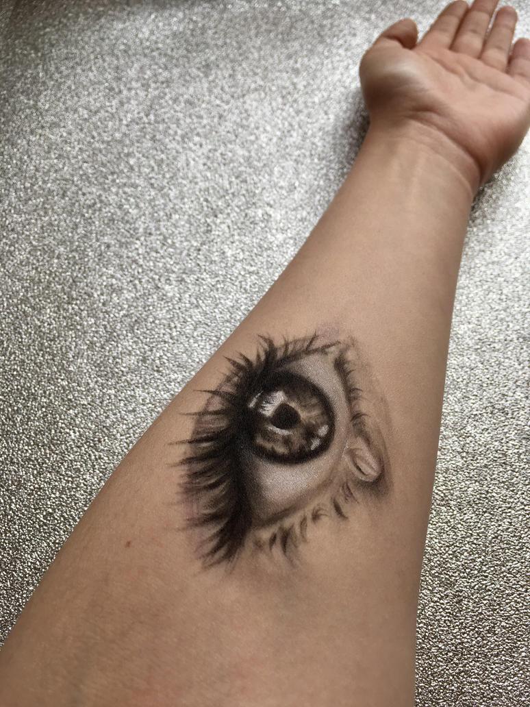 Body painting by sophieBaileyart