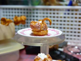Miniature Swan Cream Puffs by nyann