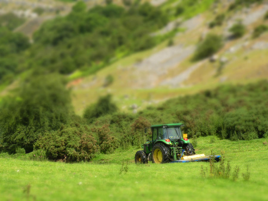 Tilt Shift Tractor by nightmare7