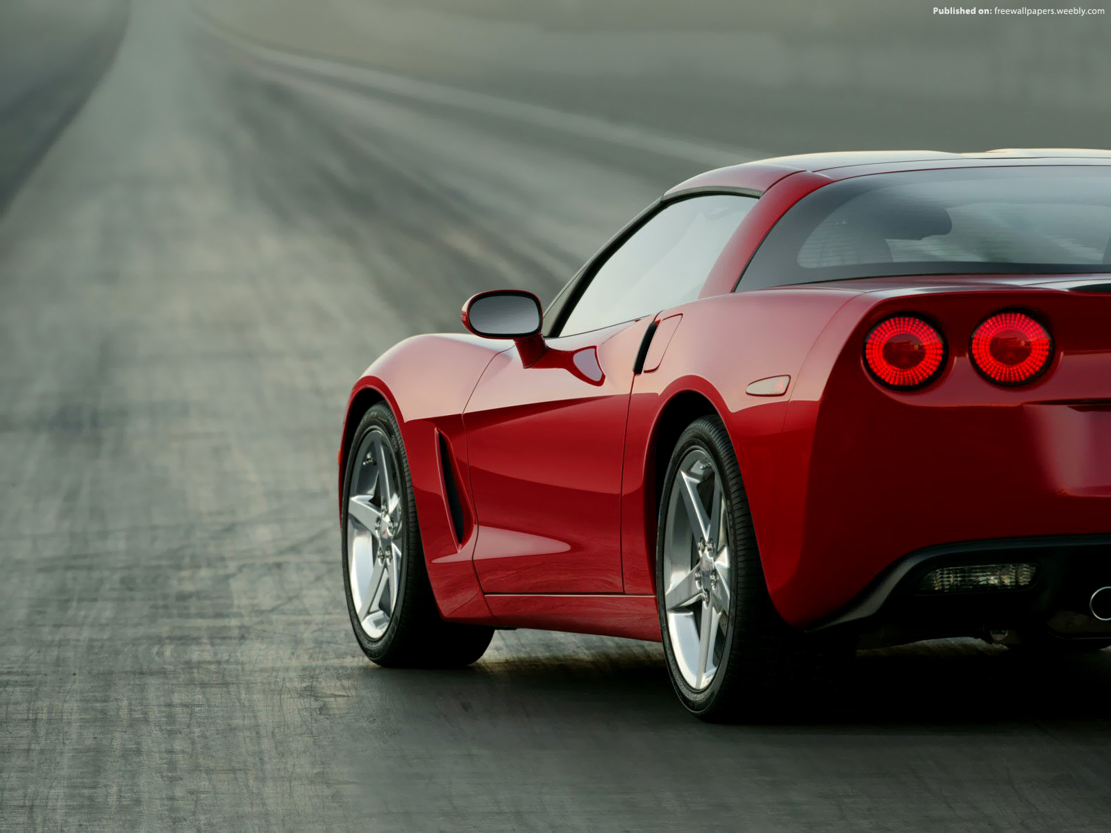 Chevrolet Corvette C5 02 by FreeWallpapers