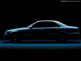 Mercedes Benz S-Class W220 02 by FreeWallpapers
