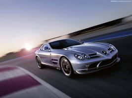 Mercedes Benz SLR 722 2007 03 by FreeWallpapers