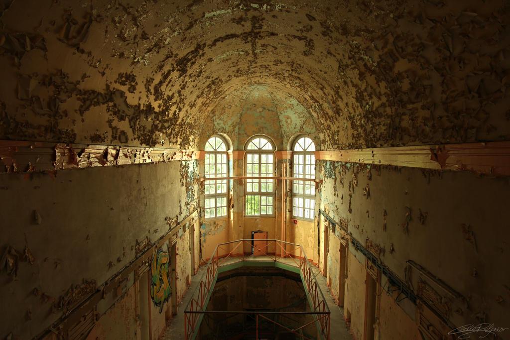 Prison du Tigre - Windows by x-Tsila-x