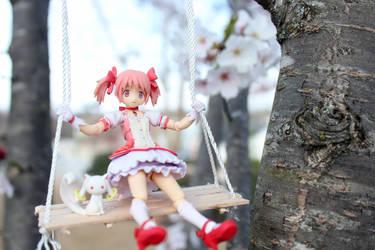 Swinging Sweetie by Yami-Usagi