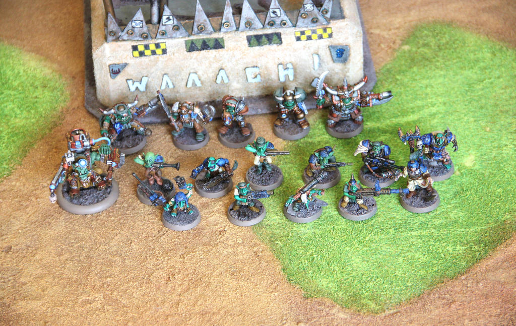 [whr40k/ork,SM] Mes création Warhammer 40k divers ! - Page 27 Blood_axes_team_1_by_litriktournevis-d7wntom
