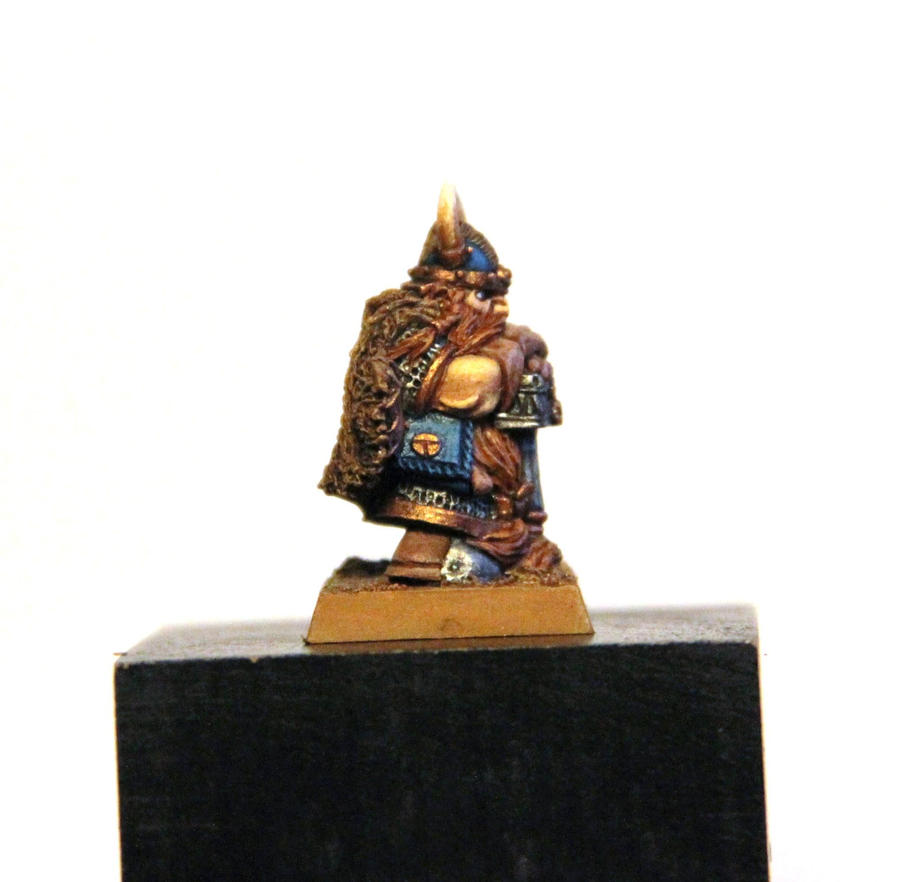 [whr40k/ork,SM] Mes création Warhammer 40k divers ! - Page 27 A_dwarf_with_hammer_by_litriktournevis-d90gsgc