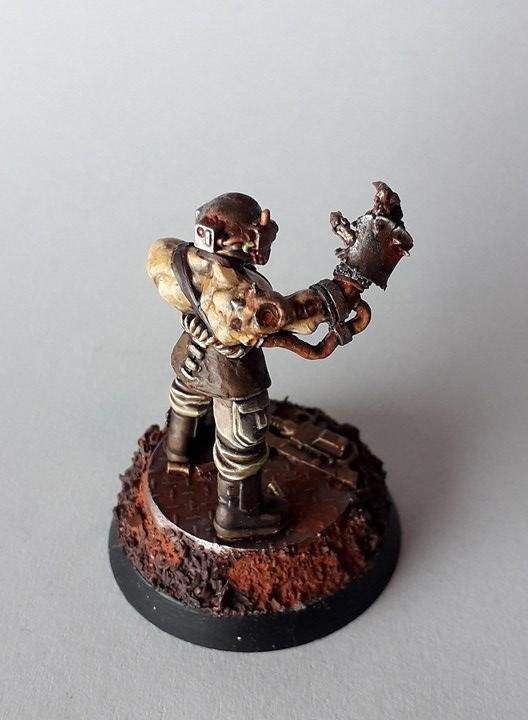 Des figurines stupéfiantes Reverb_man_3_by_litriktournevis-dc29y65