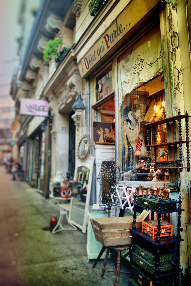 montmartre street by goalexxago