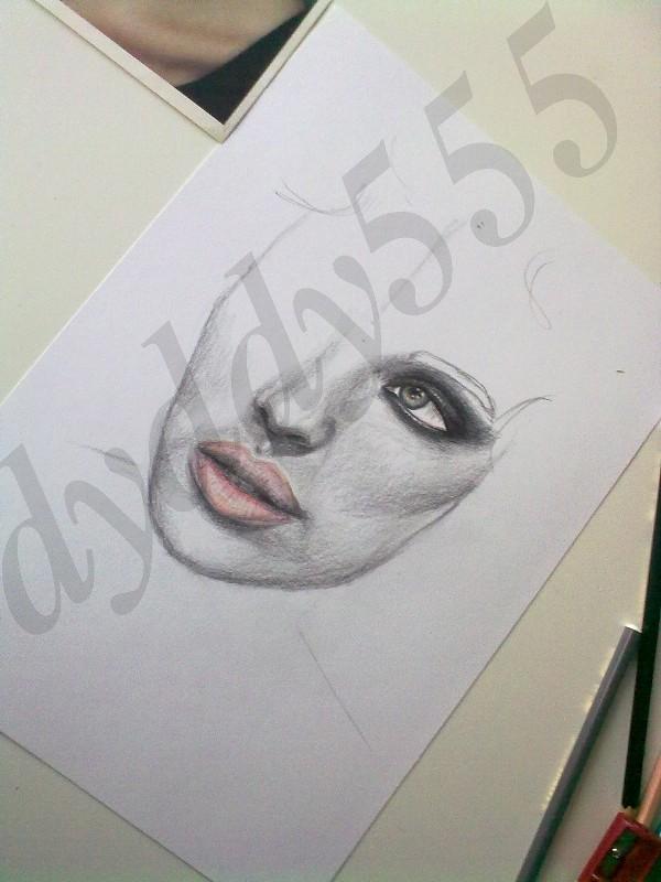 Portrait by dyddy555