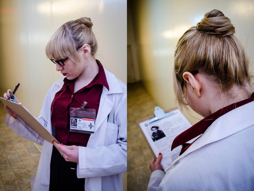 Dr. Harleen Quinzel by NabCosplay