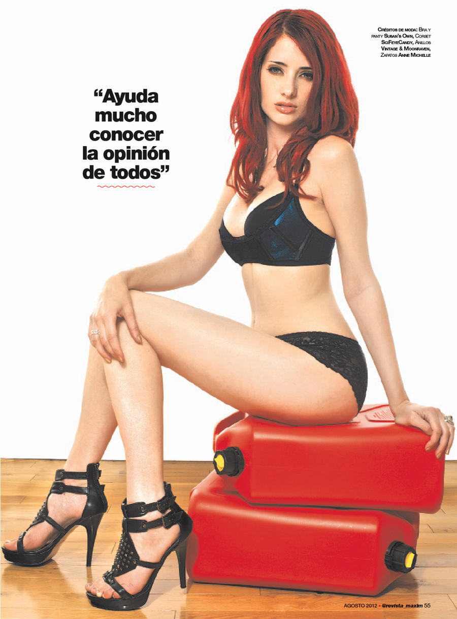 Maxim en Espanol Spread by SusanCoffey