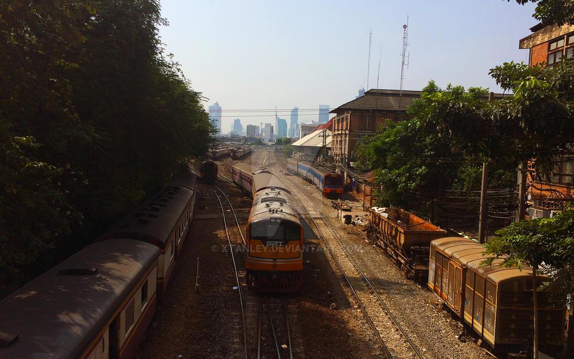 Bangkok Hua Lamphong Railway Station by Xtanley