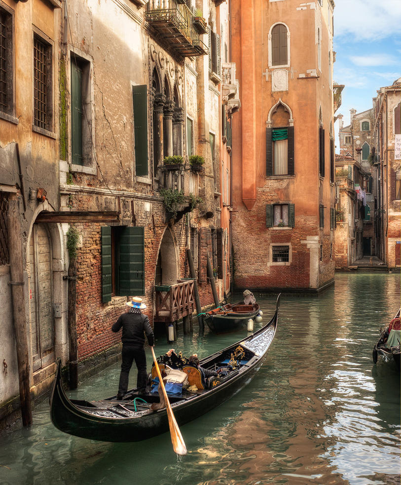 Gondolier at work by piximi