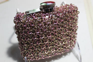 Chainmaille Wrapped Flask Champagne + Light Pink