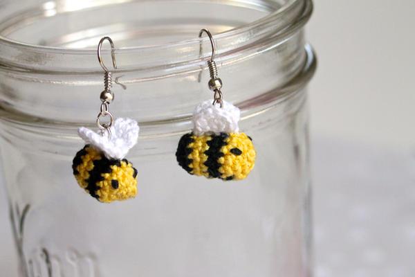Kawaii Amigurumi Bee : Kawaii Crocheted Amigurumi Miniature Bee Earrings by ...