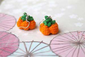 Crocheted Holiday Harvest Pumpkin Earrings by TheBittiestBaubles