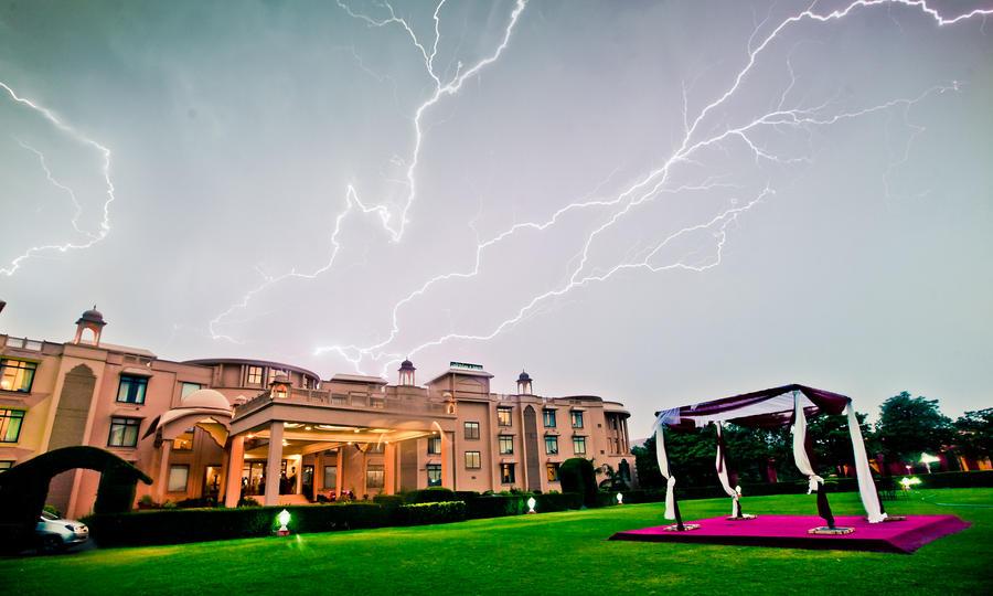lightning by anupjkat