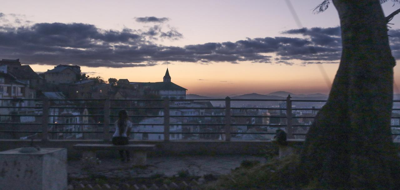 Approaching night by Darth-Marlan