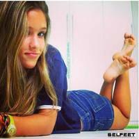 Selfeet 3