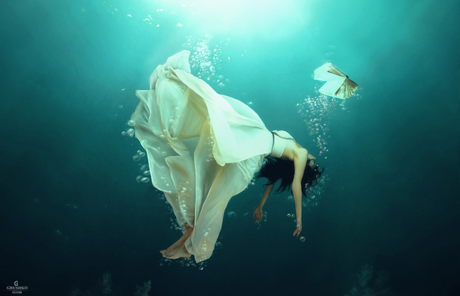 Falling by Vayne17