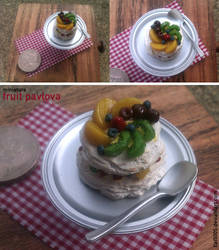 Miniature: Fruit pavlova