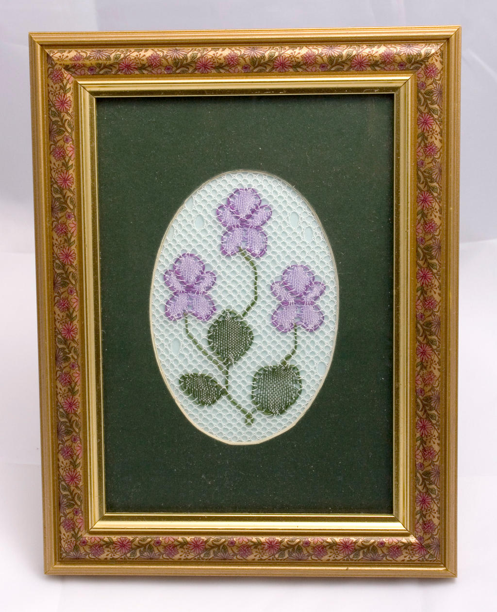 bobbin lace pansies by averil-hylton