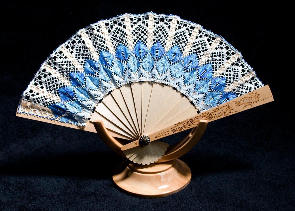 handmade Bobbin Lace Fan 1 by averil-hylton