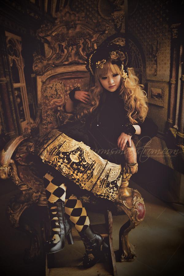 Angelic Decadence by harlyharlekin
