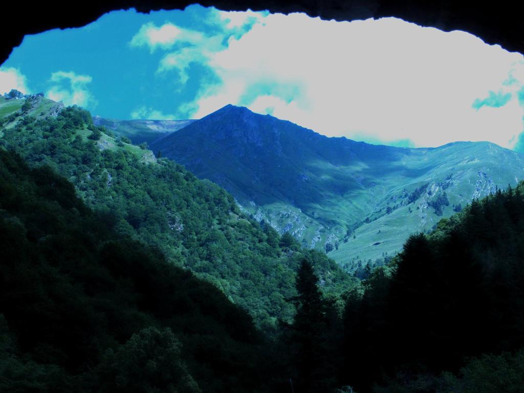 The Mountain by Ellrohir