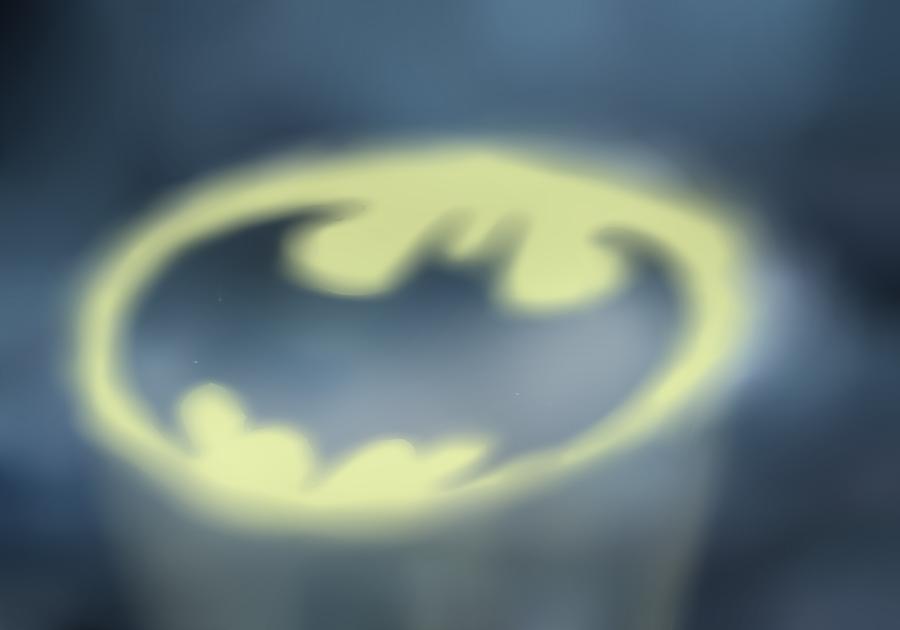 http://fc03.deviantart.net/fs70/i/2011/318/3/1/bat_signal_by_westcity42-d4g7rn3.png
