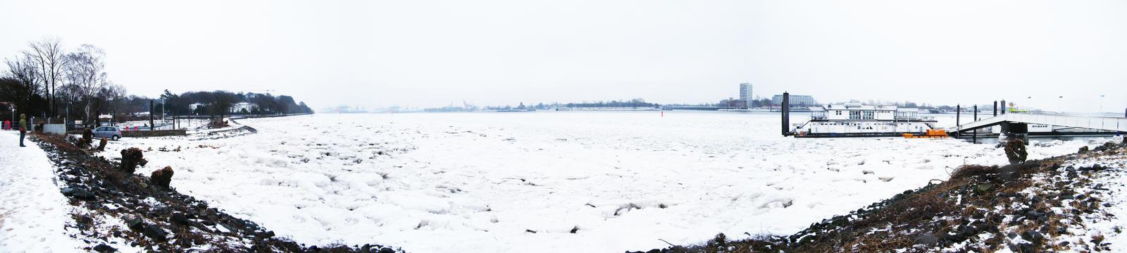 Frozen Elbe