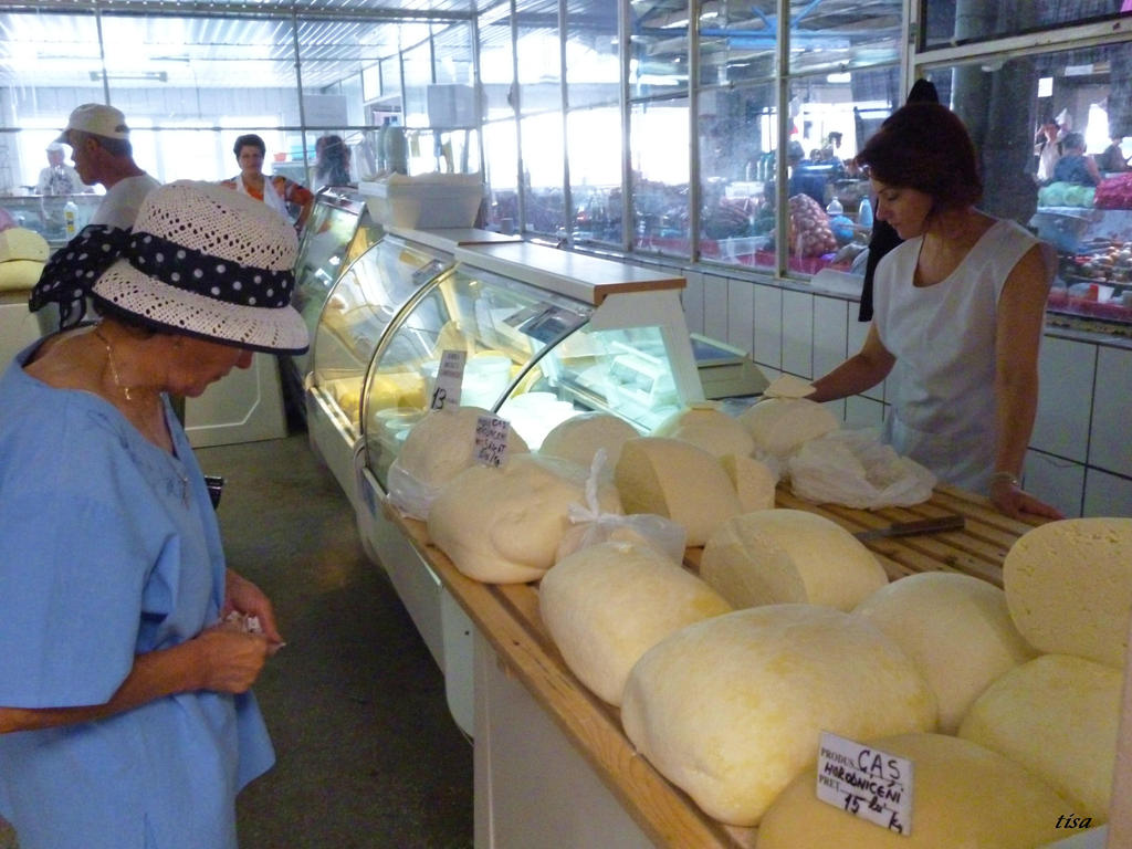 CHEESE MARKET by isabelle13280
