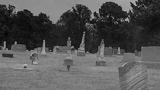 Spooky Graveyard 2 by raven-morbidicity