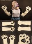 Fur gloves - polar bear by CrafterFold