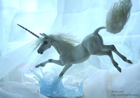 Water Leap Unicorn Sculpture