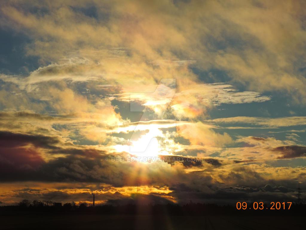 Sunset again by Deeledit
