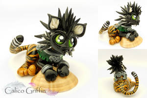 Tiger griffin Bengala - polymer clay sculpture by CalicoGriffin