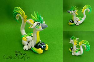 Toki, green griffin - polymer clay sculpture by CalicoGriffin