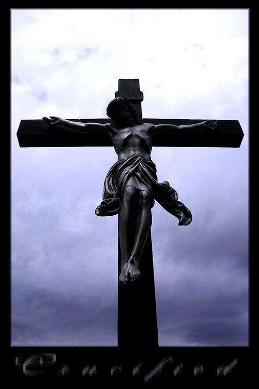 Crucified by fallnangeltears