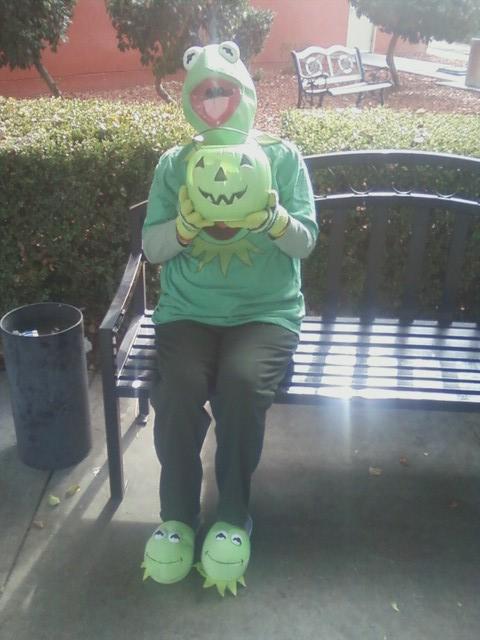 Kermit visits.... by Mindslave24-7
