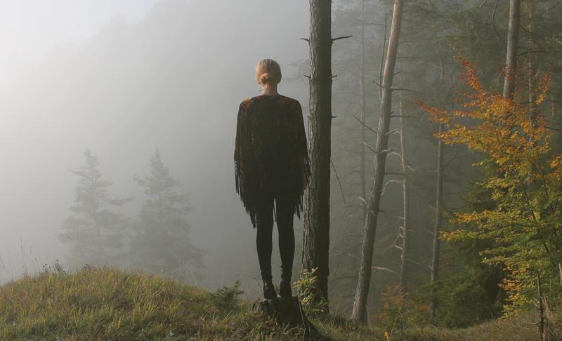 mist will hide me by spiritmadeofstars