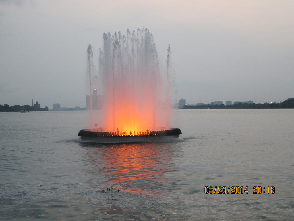 peace fountain windsor. by catsvsfox