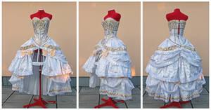 Rococo Princess Serenity cosplay set details