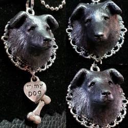 Dog-pendant by Marika-Spijkers