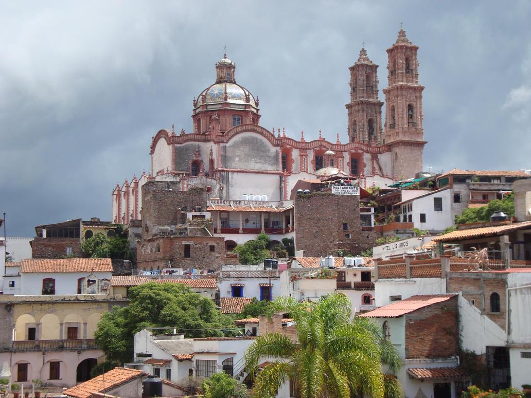 taxco chat Taxco es una ciudad ubicada en el belicoso estado de guerrero que es conocida por la fuerte explotación que le hacen a los pobres mineros.