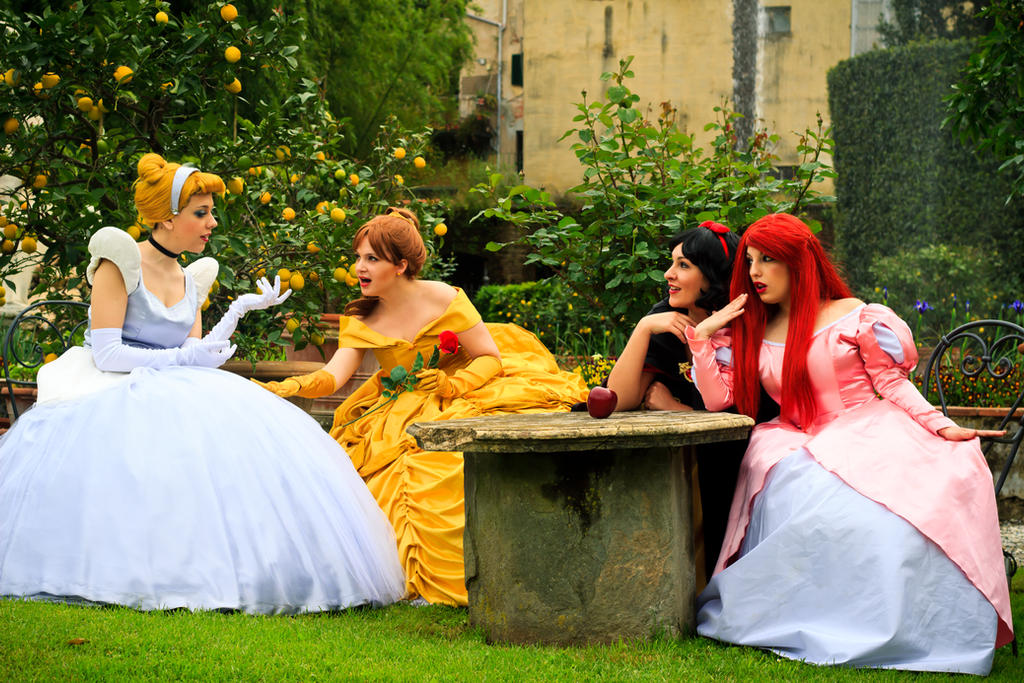 Gossip Disney princess by LadyGiselle