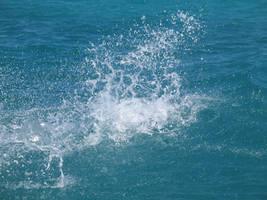 water splash by bipolargenius